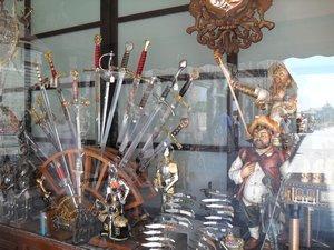 4037580-toledo-swords-0